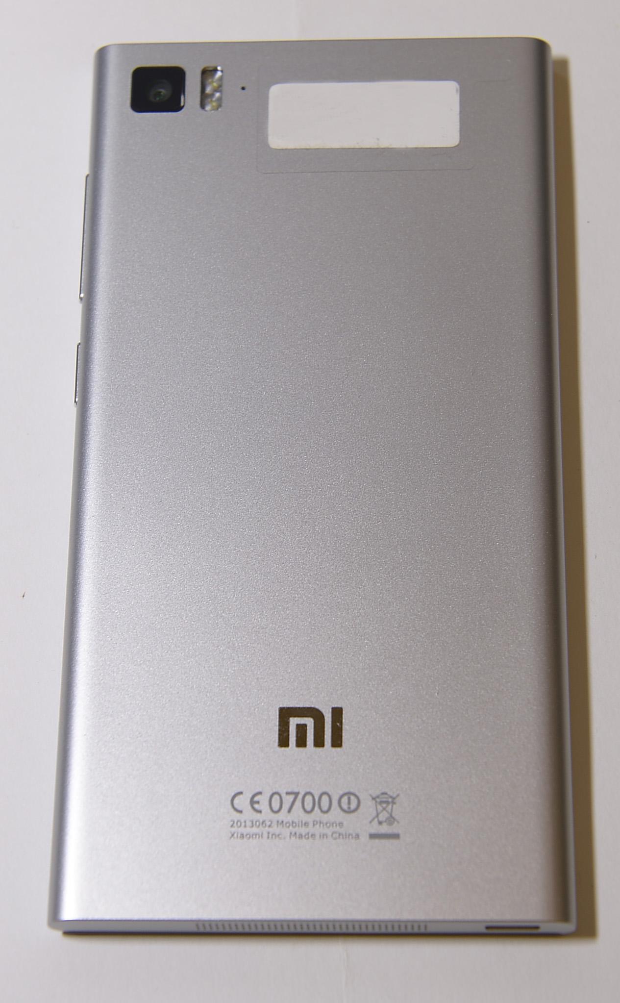 Xiaomi Mi3  WCDMA  ReviewXiaomi Mi3 Grey